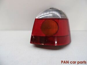 Renault-Twingo-c06-faro-trasero-derecha-carello-7700820014-d-l3004-36-960-748