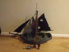 Playmobil 5238 Pirate Ship with figures and cannon