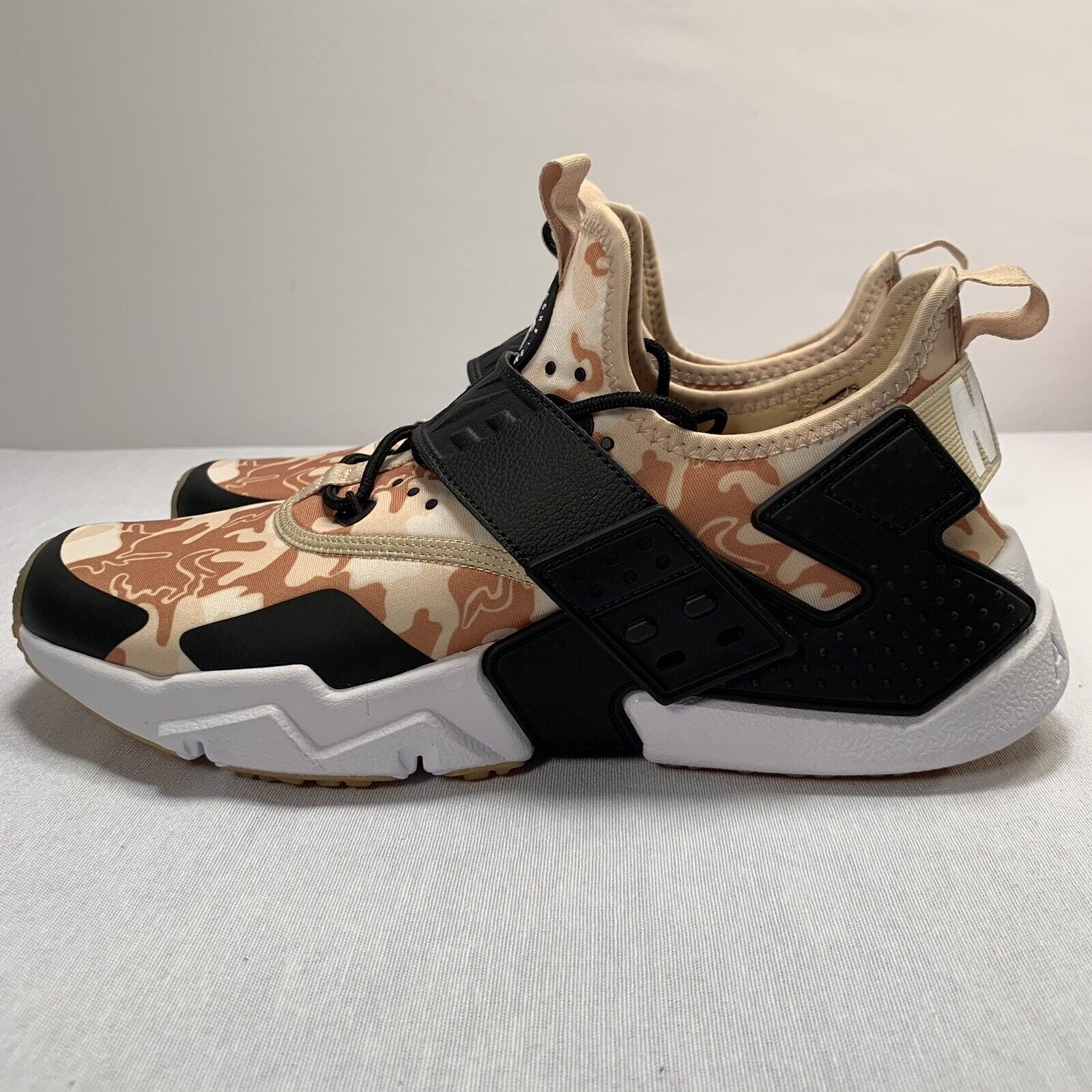 Nike Air Huarache Drift Premium shoes Limited Edition AH7335-200 Men's Size 9