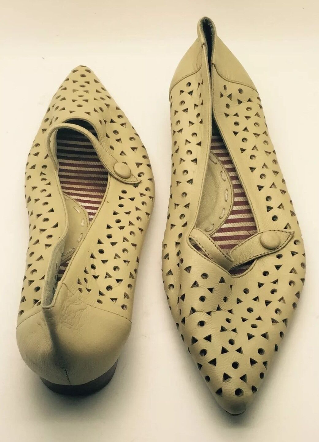 FOUNDATION Cream Cream Cream Yellow Leather Triangle Design Mary Jane Ballet Flats 35M  cd607d