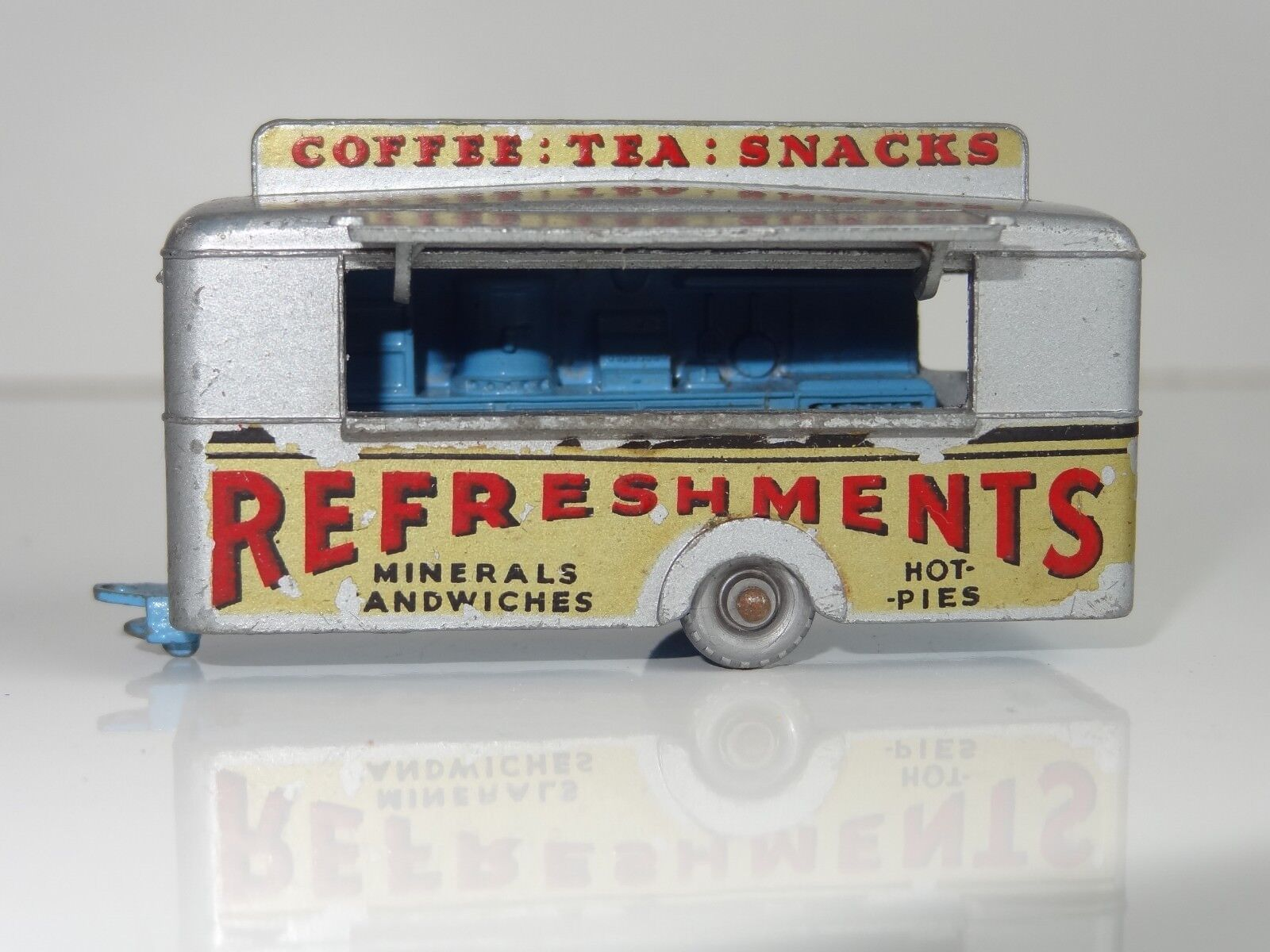 (G) lesney matchbox MOBILE CANTEEN SPW - 74