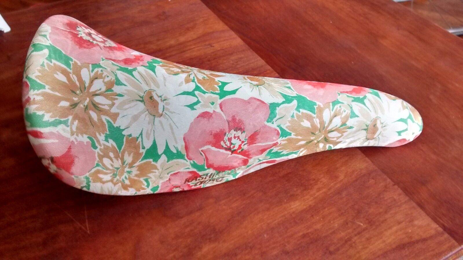 AWESOME Kashimax  AX2A Aero Saddle in Floral Hawaiian print