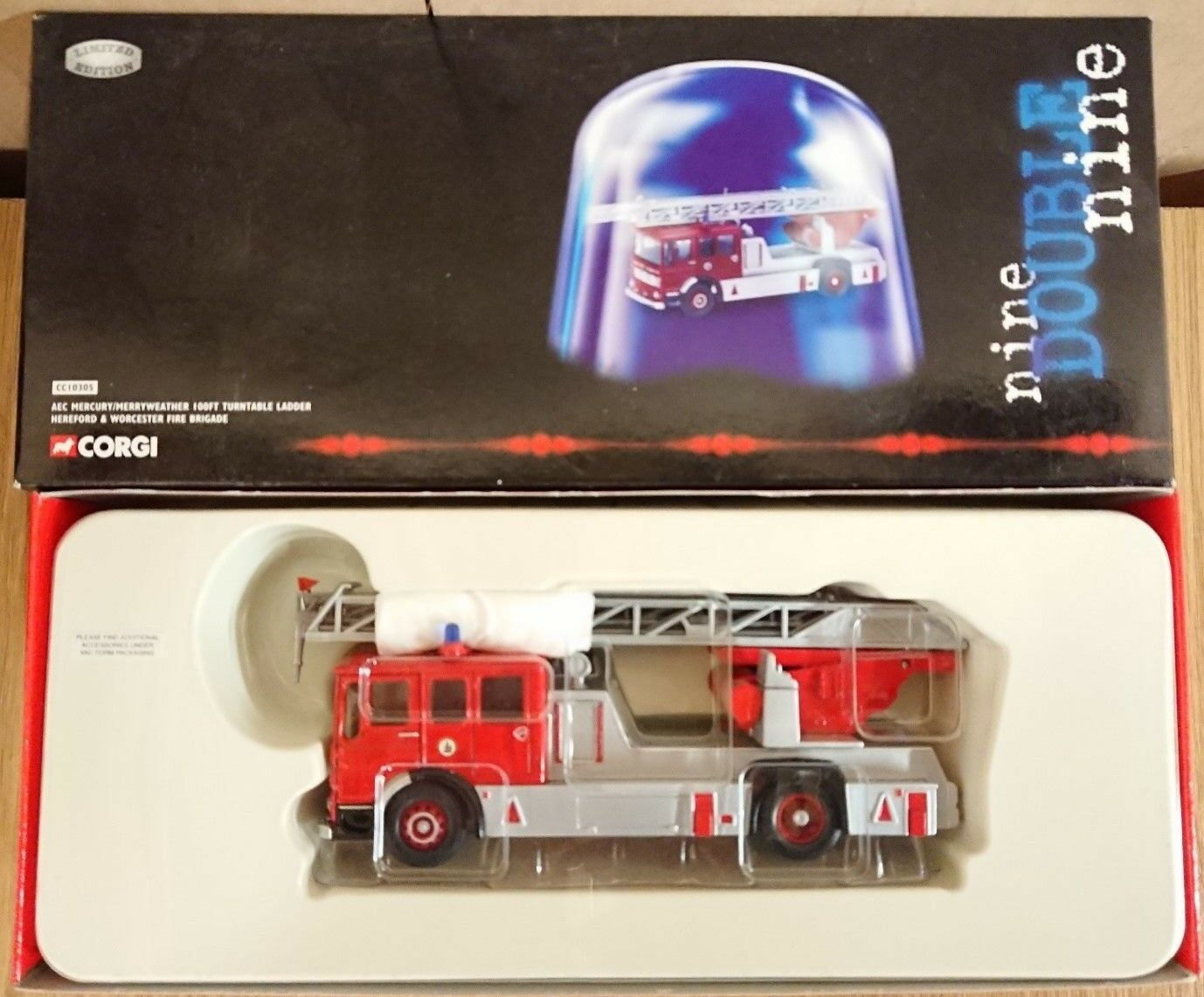 Corgi 999 CC10305 AEC Mercury Merryweather Turntable Ltd Ed. No. 0002 of 2500