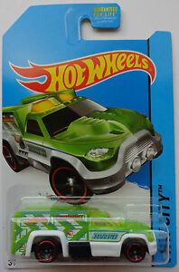 2014 Hot Wheels HW CITY Secret Treasure Hunts Rescue Duty 47/250 ...