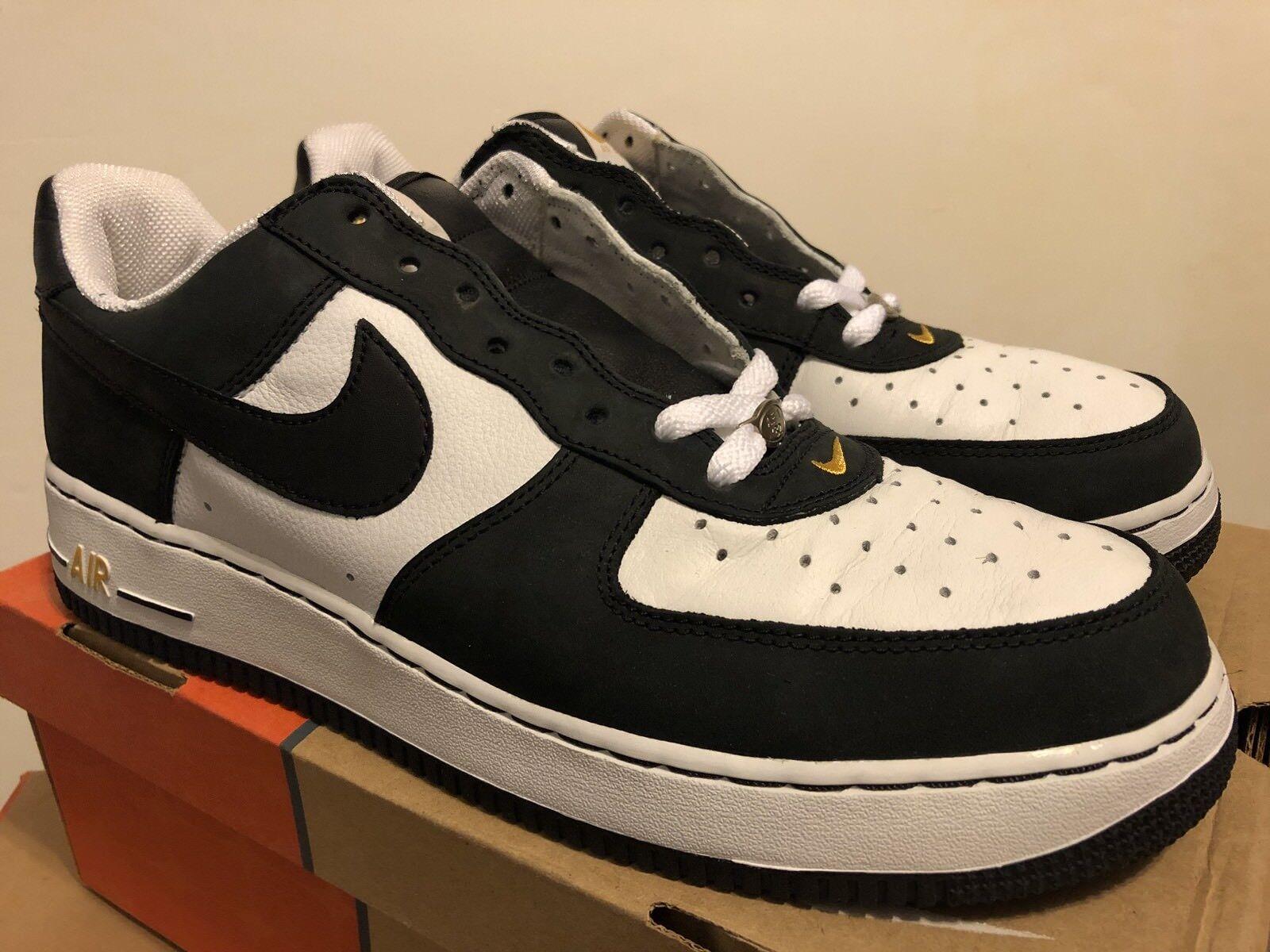Nike Air Force 1 JD Sports White / Nero / Sport Gold 2004 Sz 12 DEAD STOCK