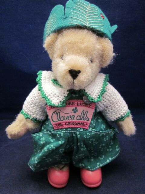 MUFFY VANDERBEAR Cloveralls St Patricks Day Bear with Outfit ~VINTAGE NEW w/ TAG