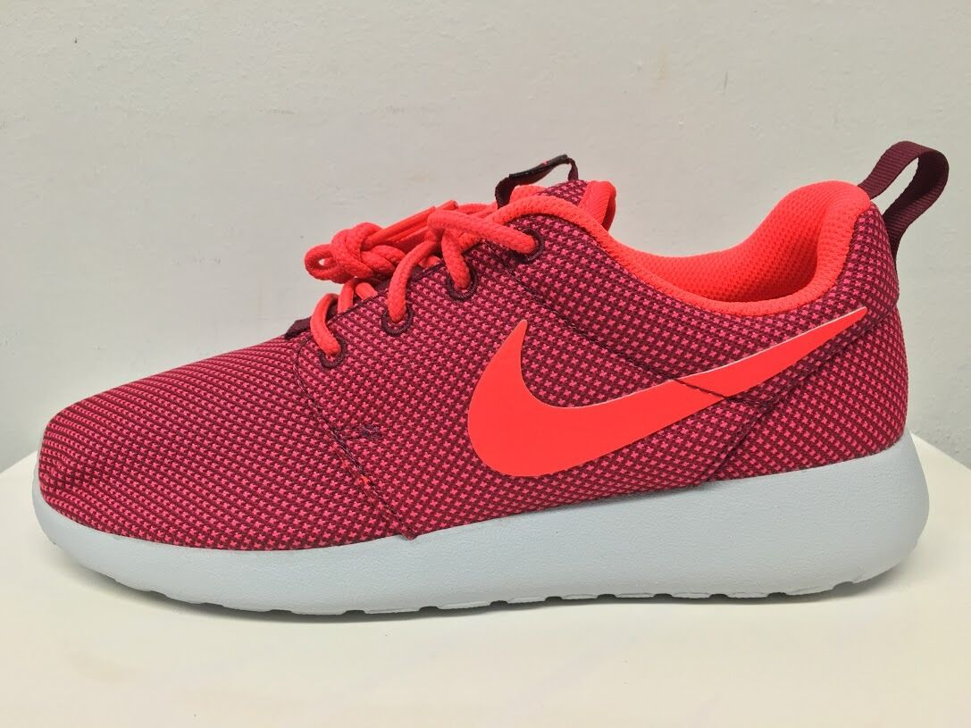 Nike Damenschuhe Roshe One Deep Garnet Crimson 511882-662 5-9 run free