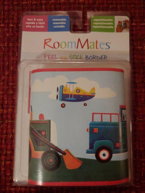 RoomMates Jungle Adventure Peel and Stick Border