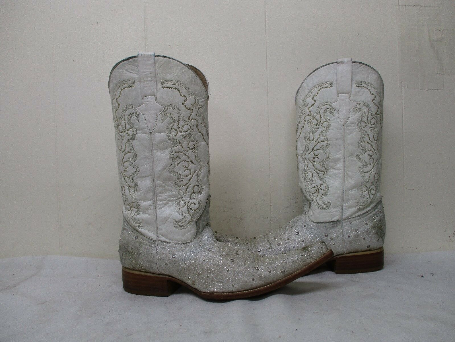 Vargas Studded Leather Pointed Toe Cowboy Boots Mens Size 7.5