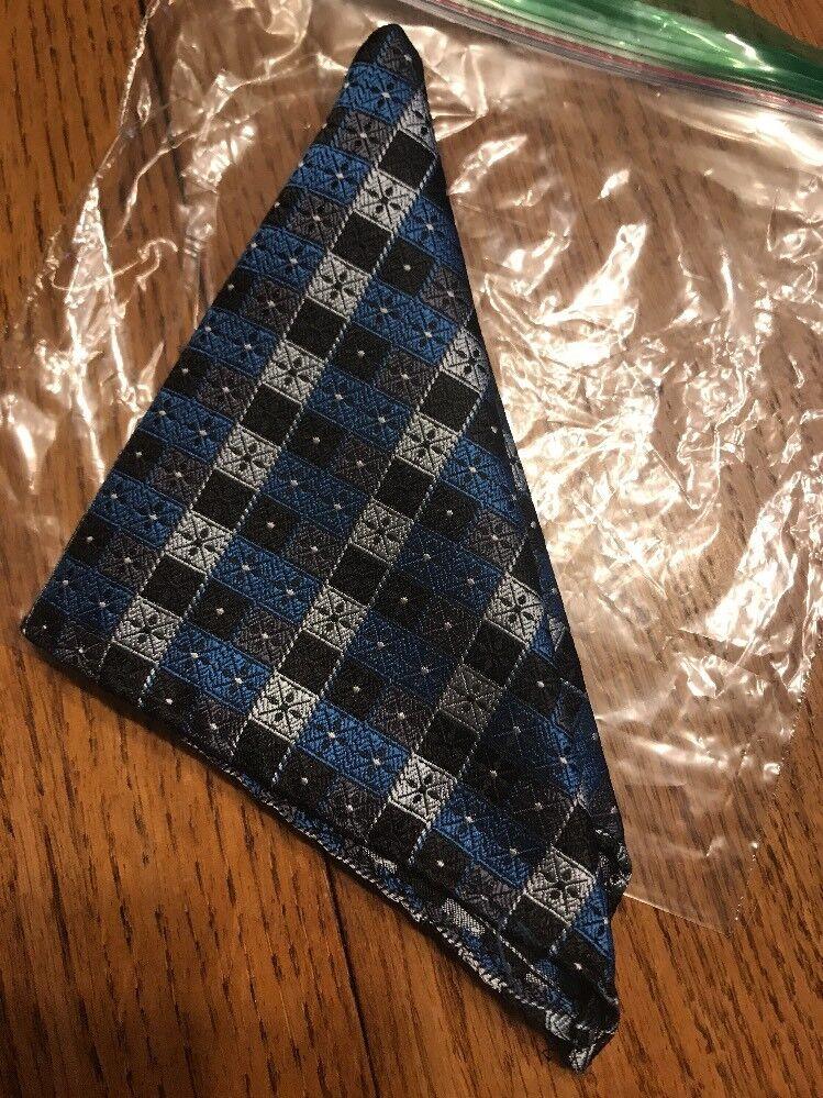 Mens Handkerchiefs Blue and white lattices Ships N 24h