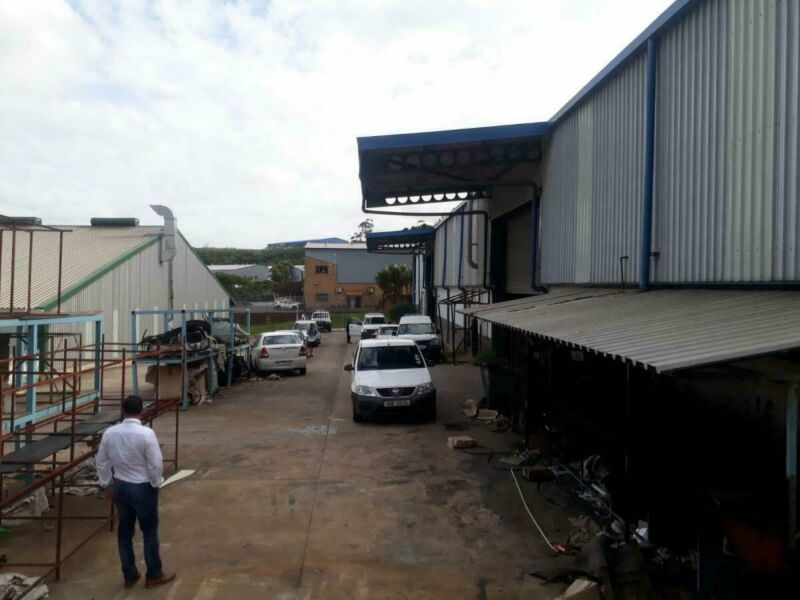Factory Space To Let : Glen Anil - 1000 sqm