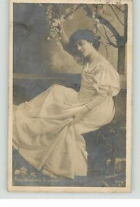 RHOTO-PHOT-POSTCARD-ADRIENNE-AUGARDE-POSTED-1906