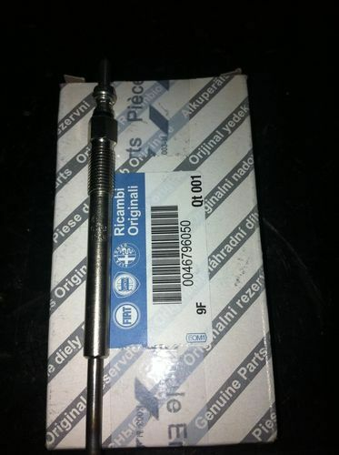 4 CANDELETTE BOSCH 0250203002 SCATOLATE FIAT 46796050 Grande Punto 1.3 MJT 75