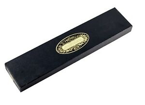 Harry-Potter-Real-Movie-Prop-Ollivander-s-Wand-Box