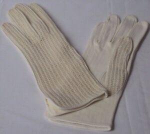Ladies-Unique-Ivory-Gloves-Size-7
