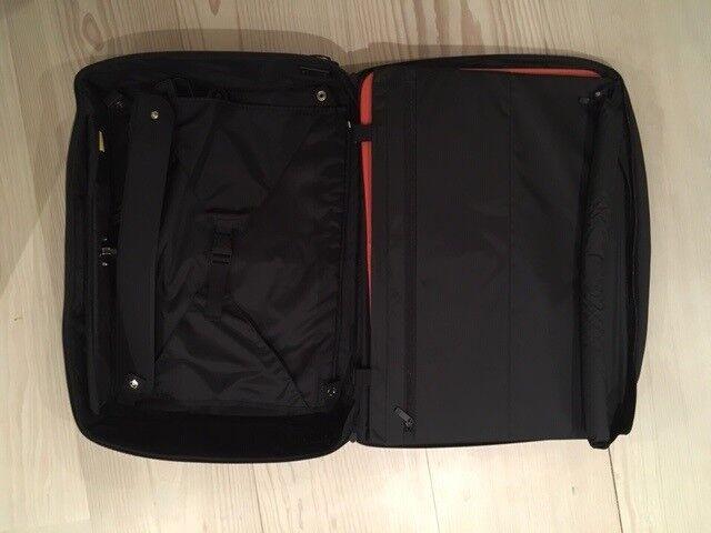 Kuffert, Mandarina Duck, b: 60 l: 12 h: 46