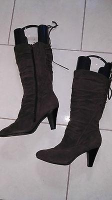 Graceland Stiefel Gr. 41 braun wunderschön Schnürung Absatz 8,5 cm Schuhe Winter