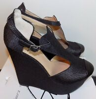 Penny Loves Kenny Nira Ii Black Textured 6 In. Wedge Sandals Shoes Sz 9