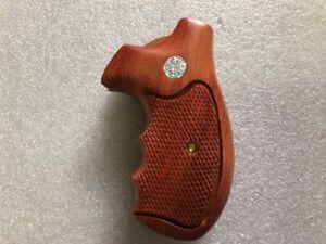 New Hardwood Grips For S/&W K//L Frame Round Butt Checker Finger Groove Open Back