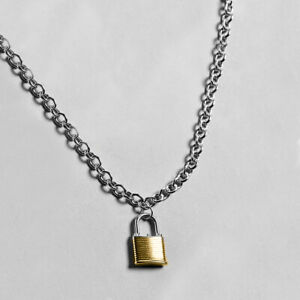 Padlock necklace with chunky chain