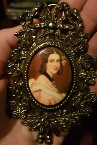 Italian-miniature-framed-Enamel-Hand-Painted-Cameo-Italy-Gold-metal-Antique