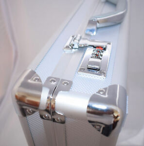 Nouveau-Dur-Aluminium-Mallette-Executif-Sac-D-039-ordinateur-Portable-Voyage-Vol-Pilote-Carrycase