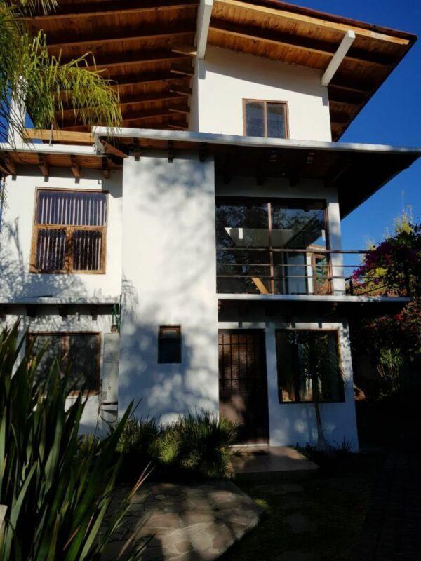 Casa en venta en el Arco, Valle de Bravo.