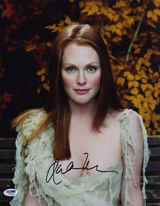 Julianne-Moore-SIGNED-11x14-Photo-SEXY-PSA-DNA-AUTOGRAPHED