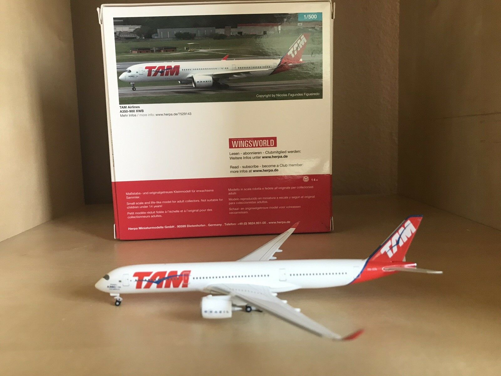 TAM TAM TAM Airlines Airbus 350-900 XWB 1 500 Scale Model By Herpa 94fb70