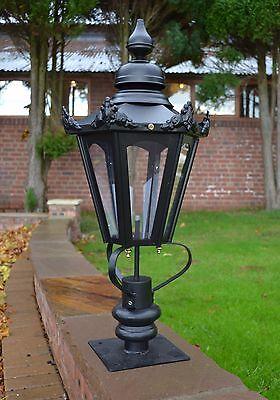 USED Ex-Display 77cm Brass Dorchester Driveway Pillar Top Light and Lantern Set