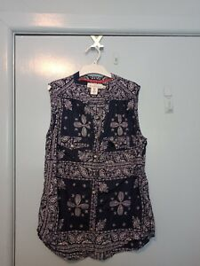 H-amp-M-navy-and-white-short-sleeved-top-in-size-12