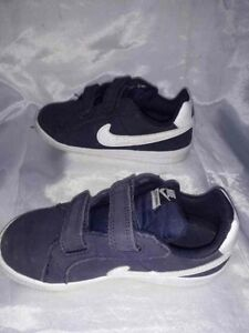 scarpe nike bambino numero 27