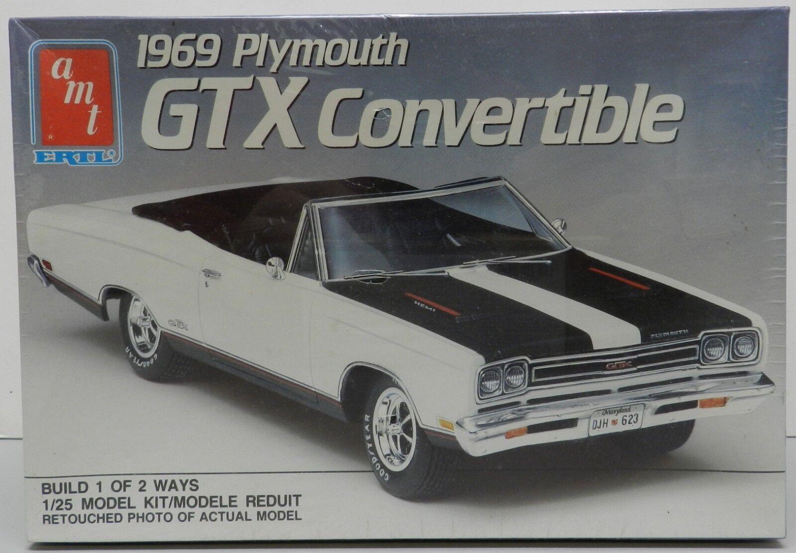 1969 69 GTX ROADRUNNER CONgreenIBLE HEART HEMI 426 PLYMOUTH MOPAR AMT MODEL KIT