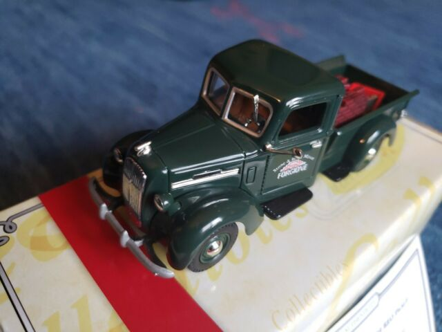 Matchbox YYM38041 Forgione Stone & Brick Mason 1939 REO Pickup Truck