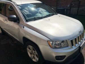 2011 Jeep Compass - Silver - Only 97,100 km!