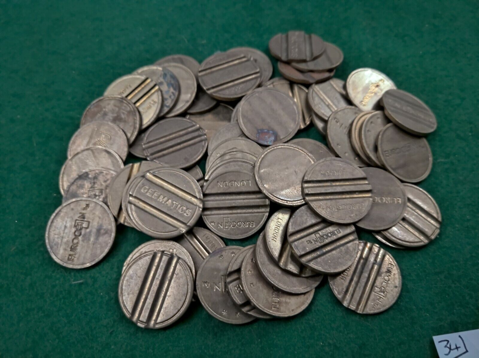 Fruit machine 20p tokens, Brasss, assorted x60