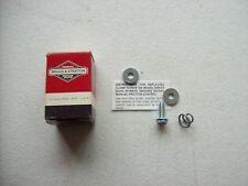 Briggs /& Stratton 490956 Spring /& Screw Kit