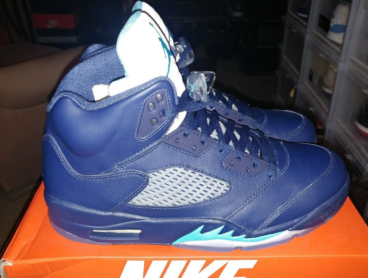 Air Jordan Retro 5 Hornets Midnight 136027-405 Size 10 LIMITED 100% Authentic