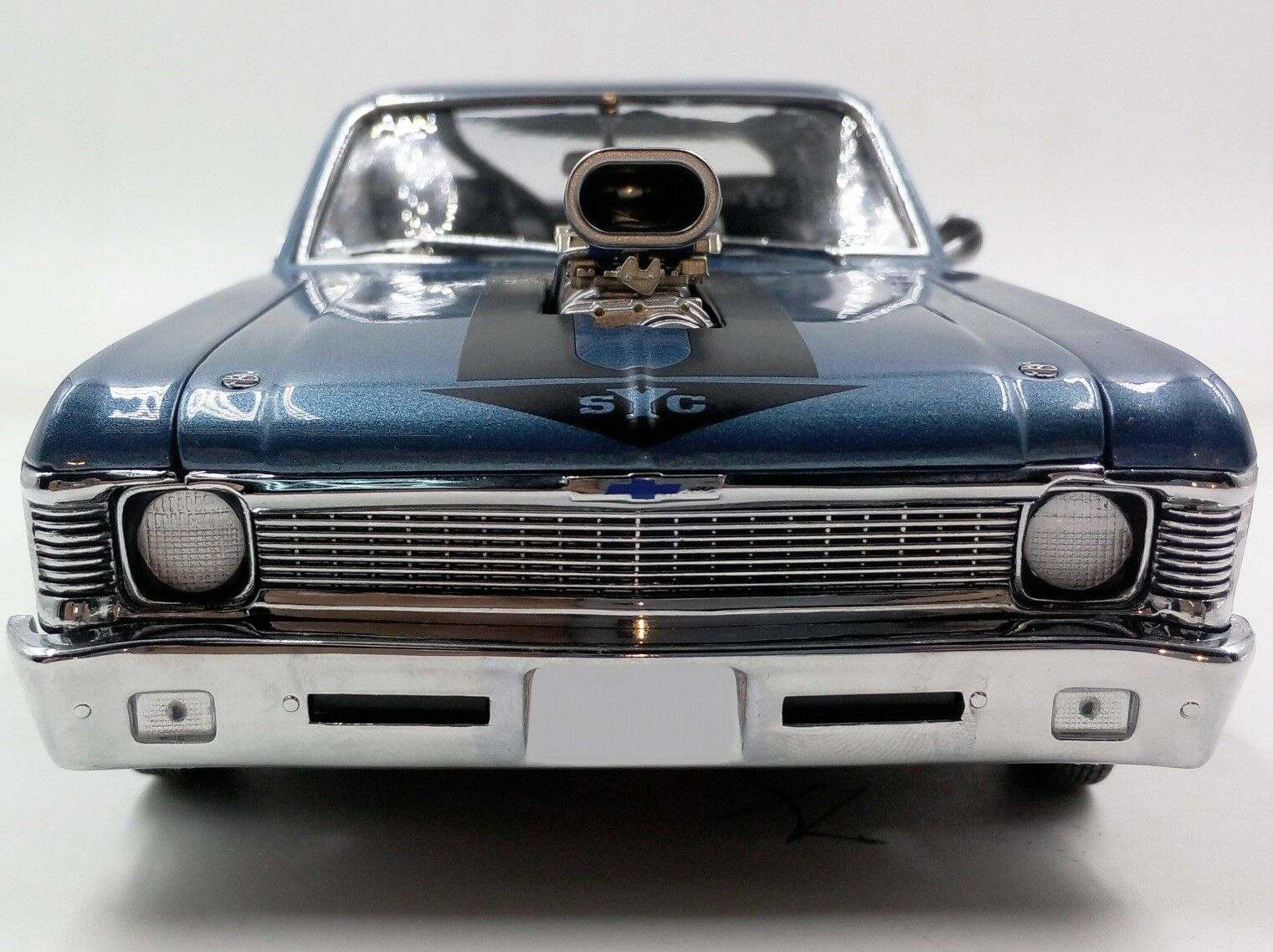 1969 CHEVROLET Nova bleu 18809 GMP