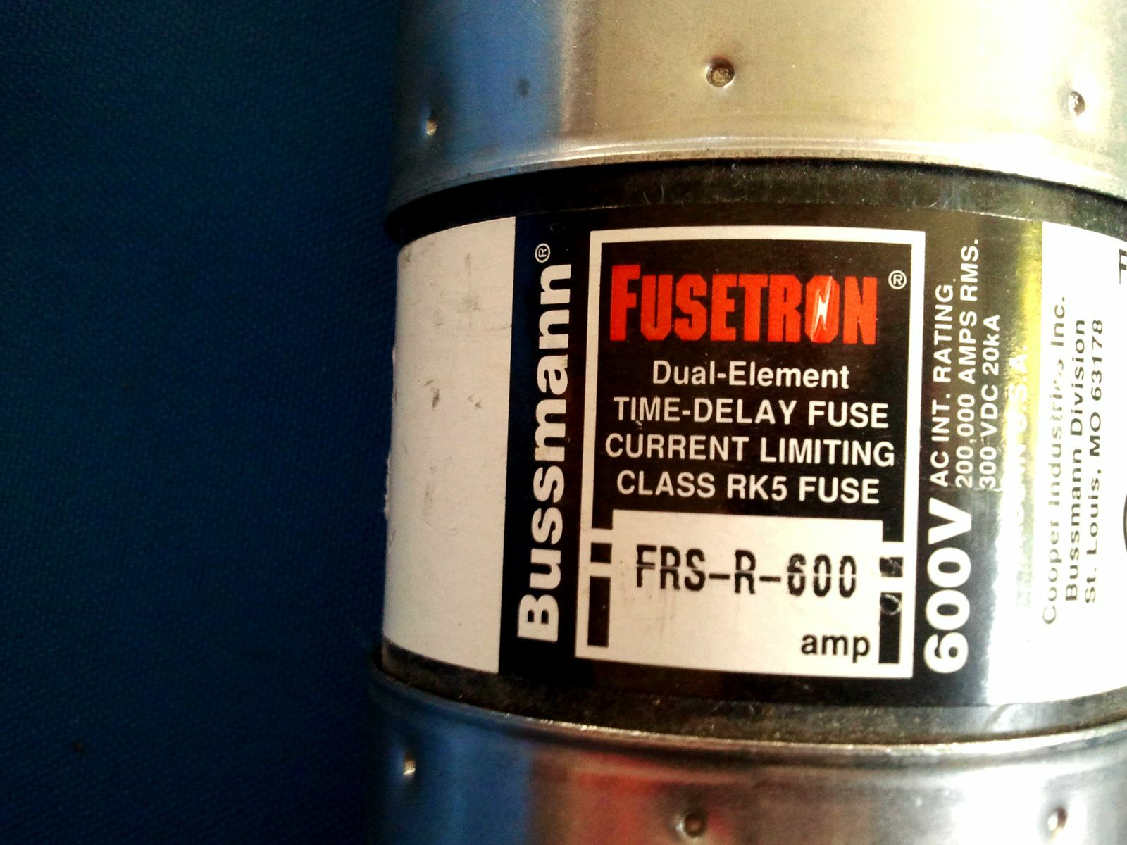 Bussmann 600a 600 Amp Fusetron Fuse 600vac Frs R Ebay Box Stock Photo