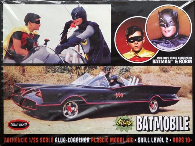 1966 Batmobile with Batman and Robin Figures 1 25 Scale Polar Lights Plastic Kit