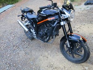 WRECKING-HYOSUNG-250-GT-YEAR-2012-MUDGUARD-BLACK-50-OEM-USED-GT-PARTS-IN-STORE