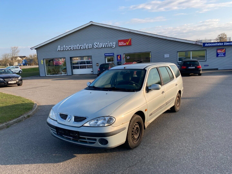 Renault Megane I 1,4 16V Expression stc. 5d