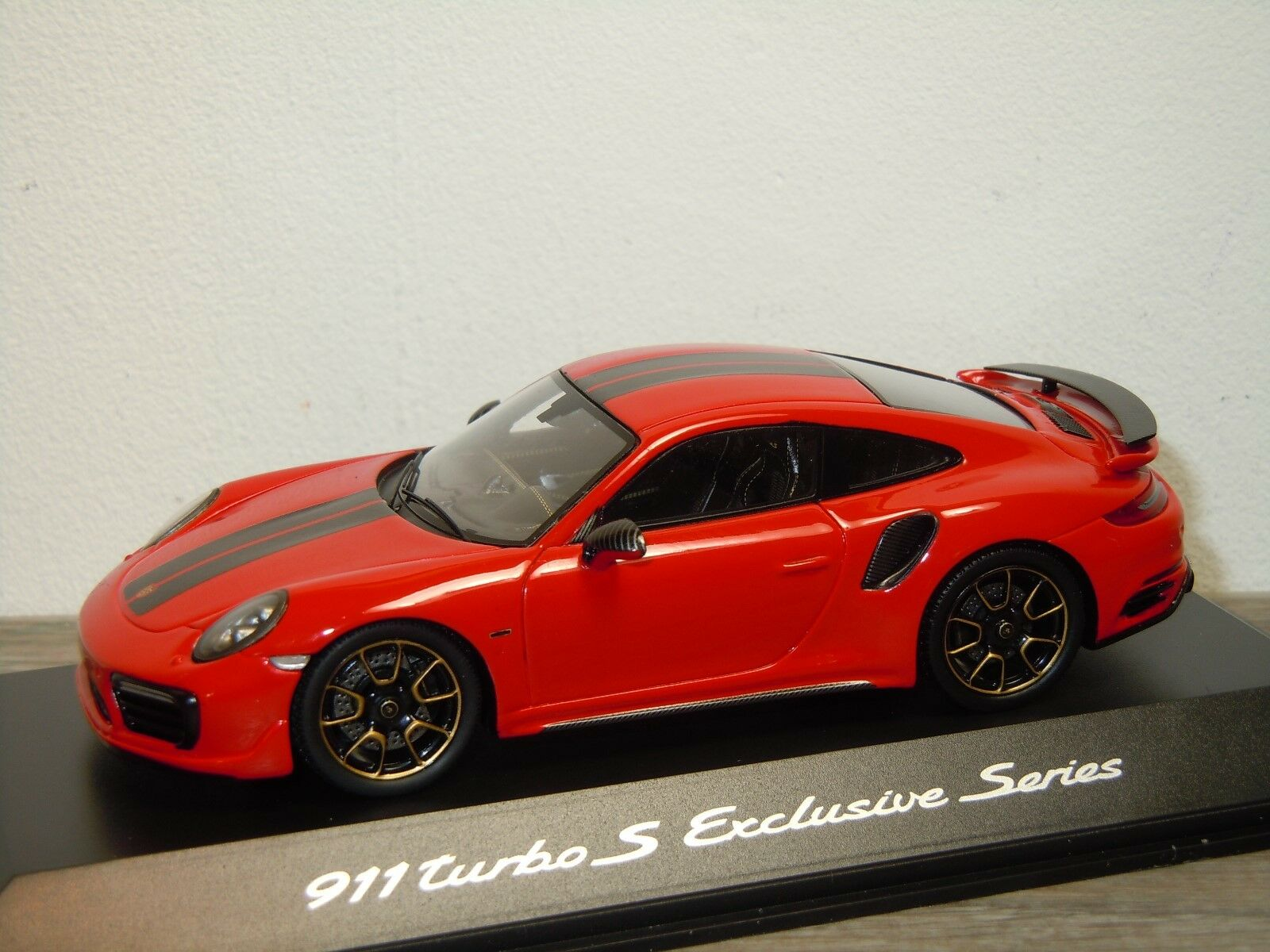 Porsche 911 991 Turbo S Exclusive Series - Spark 1 43 in Box 34685