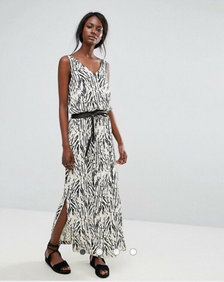 BNWT SELECTED FEMME Monochrome Maxi Dress Größe 14EU