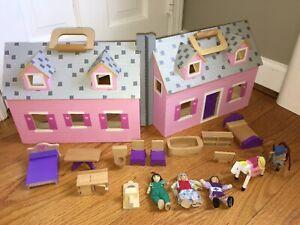 Details About Melissa Doug Fold Go Wooden Dollhouse 3 Figures 2 Horses Wooden Furniture
