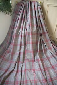 NEXT-GREY-RED-WHITE-CHECKED-PAIR-CURTAINS-53WX54D-GINGHAM-COTTON-EYELET-HEAVY