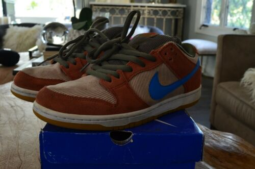 Nike SB Dunk Low Corduroy Size 9.5