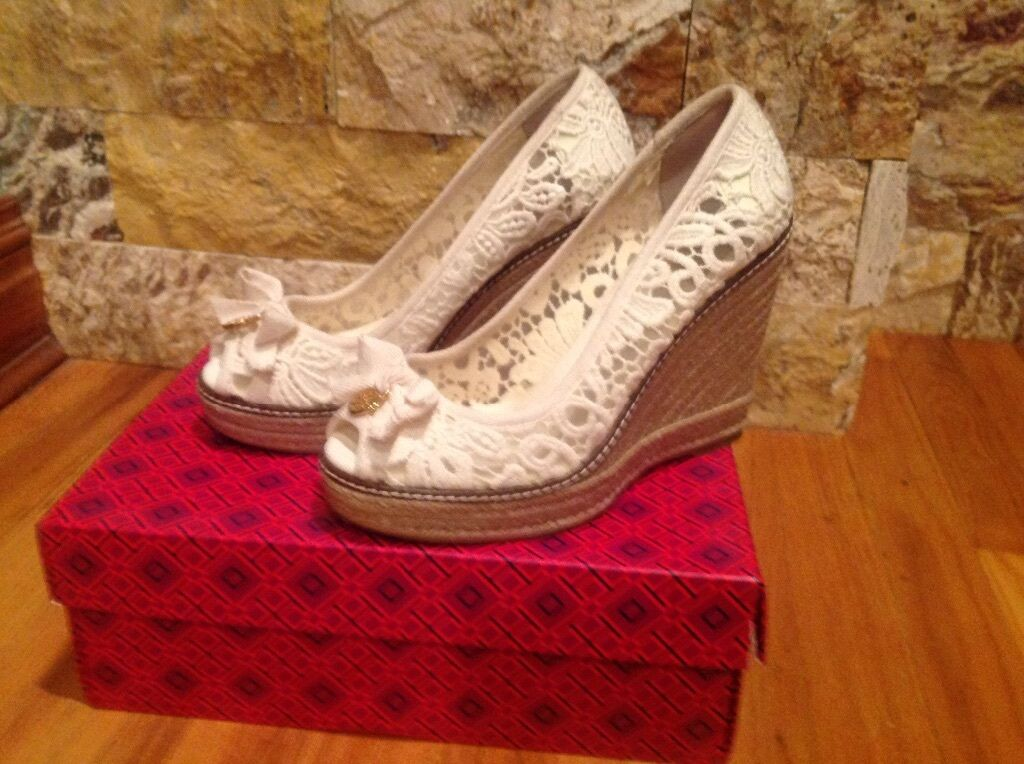 Tory Burch Jackie Wedges Size 9.5