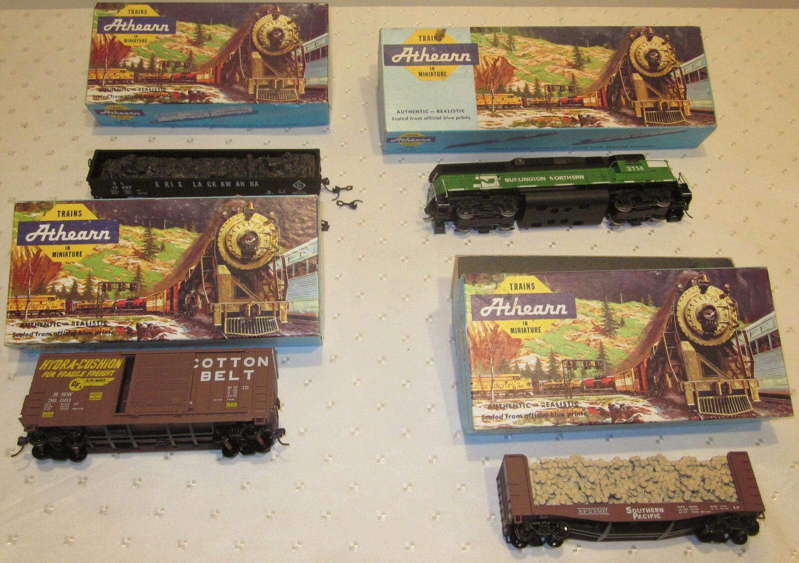 LOT 4 ATHEARN TRAINS IN MINIATURE HO BURLINGTON NORTHERN LOCOMOTIVE + 3 CARS